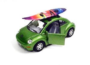 VW NEW BEETLE W/SURFBOARD