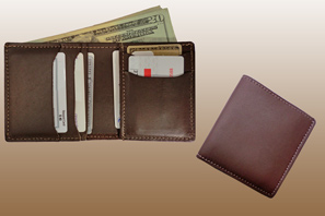 Classic Bi-fold LEATHER WALLET