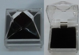 Lucite Necklace JEWELRY BOX